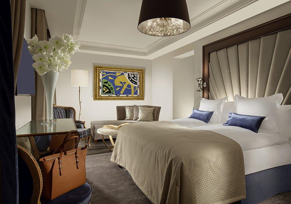 חדר שינה במלון ספא רויאל סבוי בלוזאן
