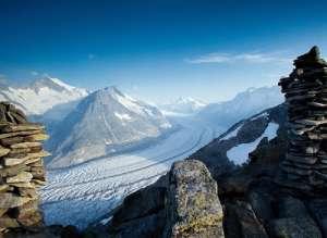 עמק קרחון אלטש באזור היונגפראויוך