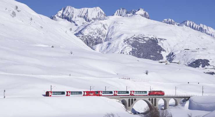 מסע רכבות אל פסגות שוויץ