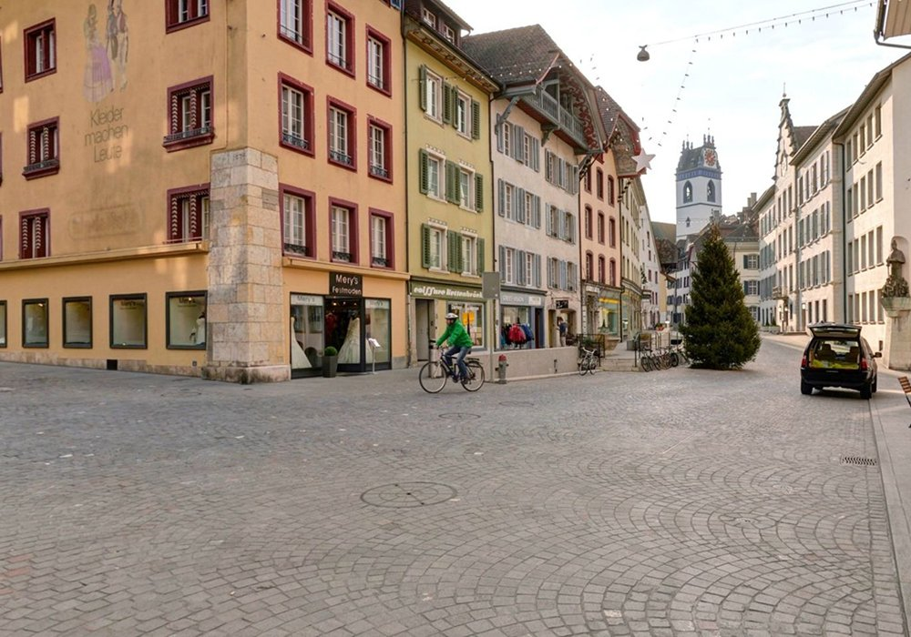 רחוב מרוצף אבן ברובע העתיק בלוצרן