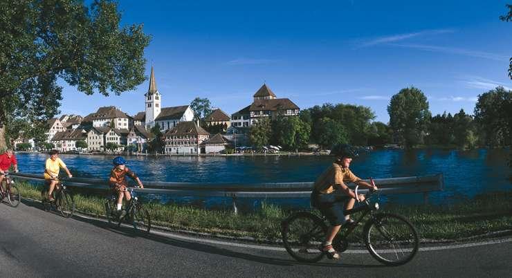 טיול אופניים לאורך נהר הריין