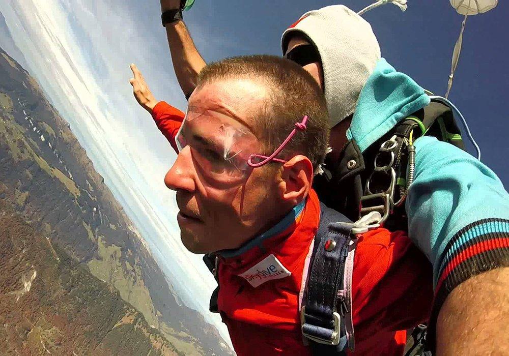 צילום בזמן צניחה חופשי ממטוס קל באינטרלקן