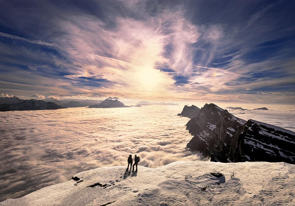 מטיילים באזור אגם וואלן בחורף