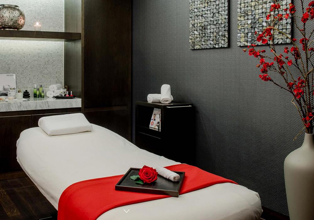 מיטת ספא במלון שווייצרהוף בברן