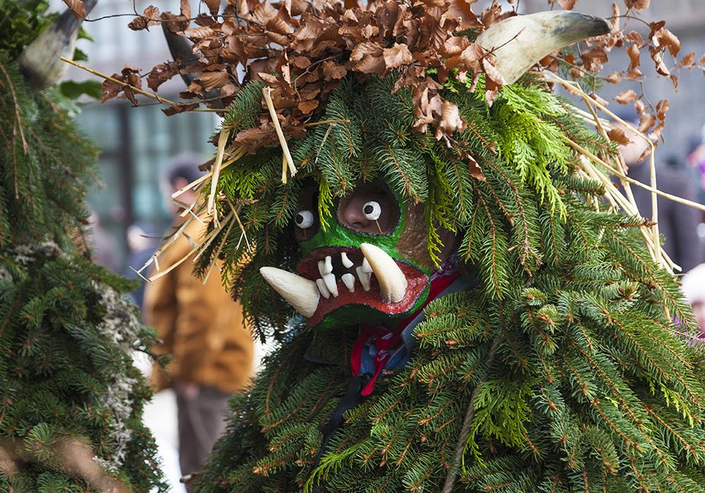 תחפושת מסורתית בפסטיבל סילבסטר באפנזל (צילום: המטייל אבי לוי)