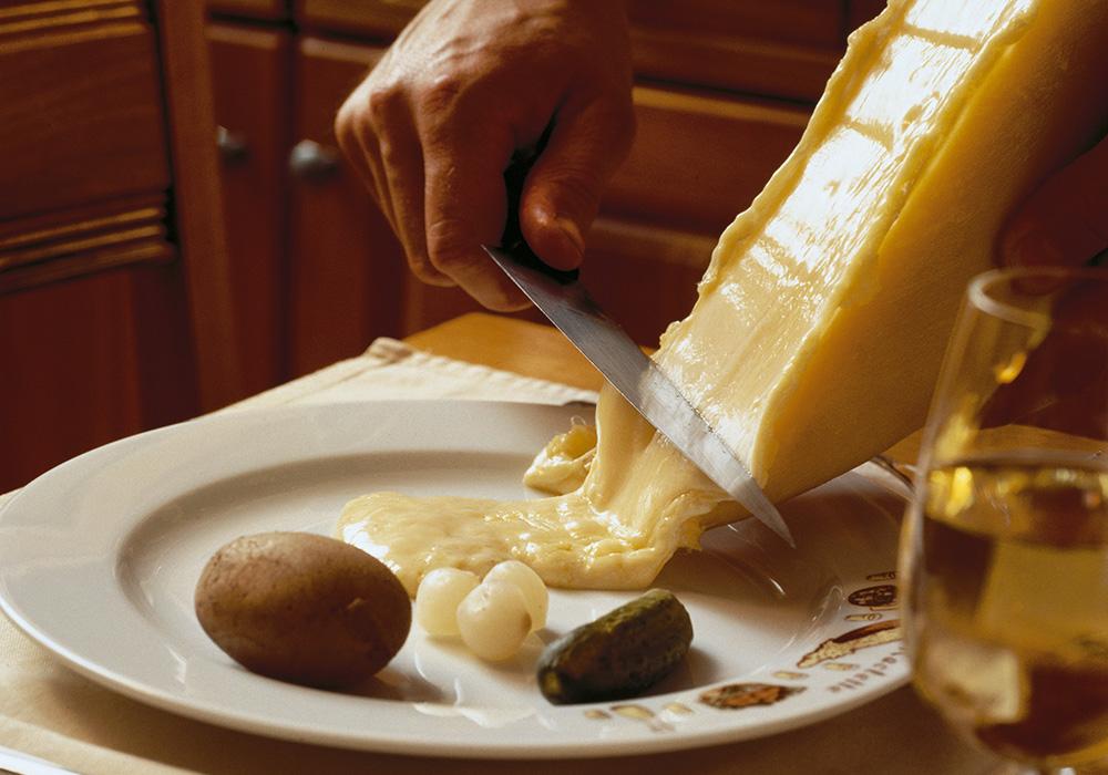 ארוחת ראקךלט שווייצרית מסורתית