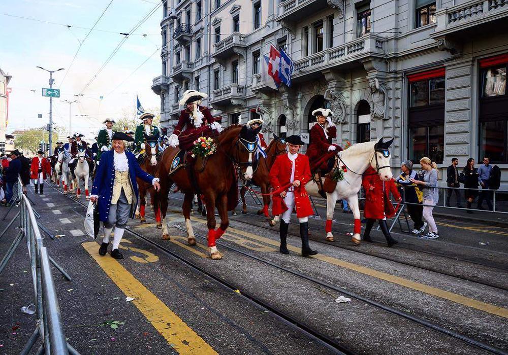 מצעד תלבןשןת מהמאה ה-18 בקרנבל בציריך