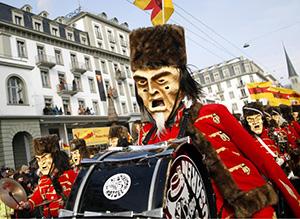 מצעד תזמורת מחופשת בקרנבל לוצרן
